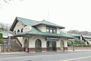 Ridgewood train station